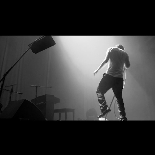 01 Weekend Sleeper (live at the White Room)