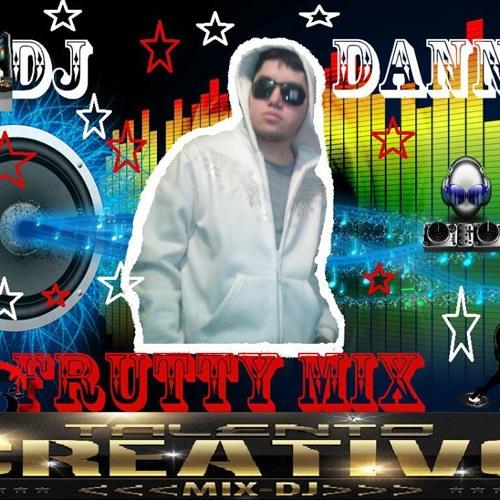 Sentimineto musical  remix mas y mas ft dj danny frutimix 2013