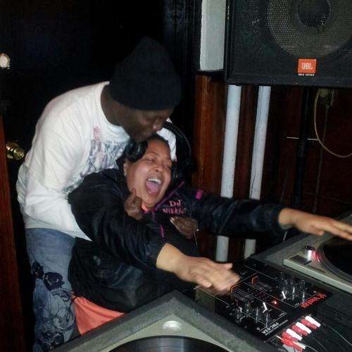 DJ Nikki D- Bennys Live House Set