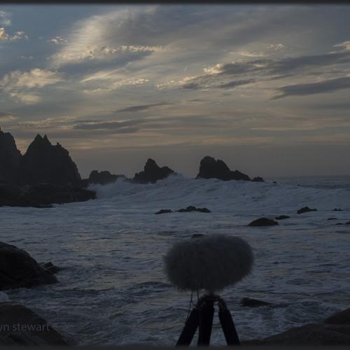 Ocean dawn waves