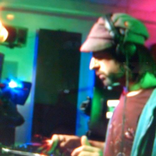 Dub War (Bill Robin DJ Set) Live @ Twen FM Berlin 24 May 2013