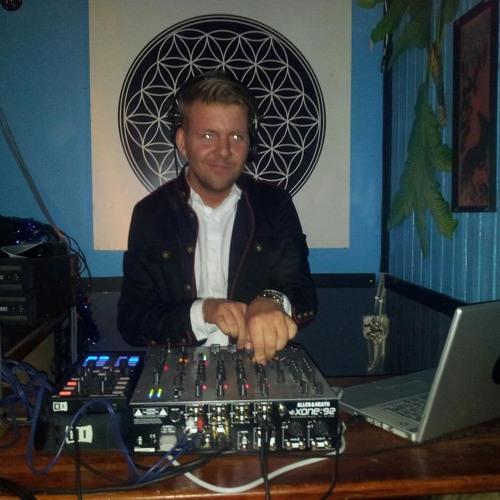 A.Handsome - Live @ Club nArauti (Lithuania) 25.05.2013