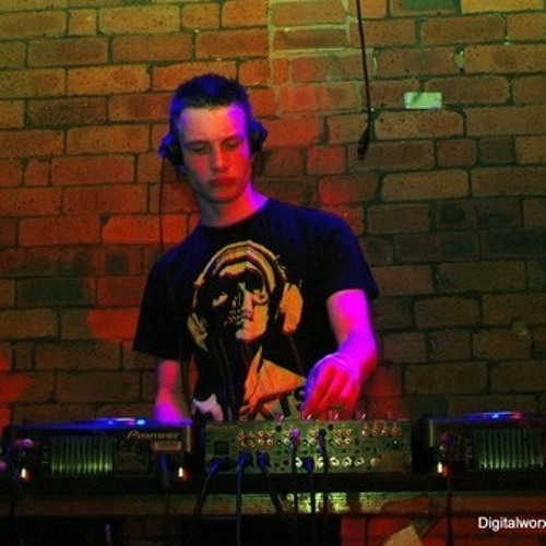 BILLY THE KID (UK) @ TOXIC SICKNESS RADIO 24HR BANK HOLIDAY SPECIAL | ROUND 1/24 | GABBER | 25.05.13