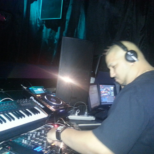 DJ Aramis Live @Whisper Night Club Philadelphia PA (2013-06-06)