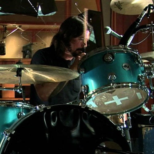 Mantra (instrumental) by Dave Grohl, Joshua Homme, Trent Reznor