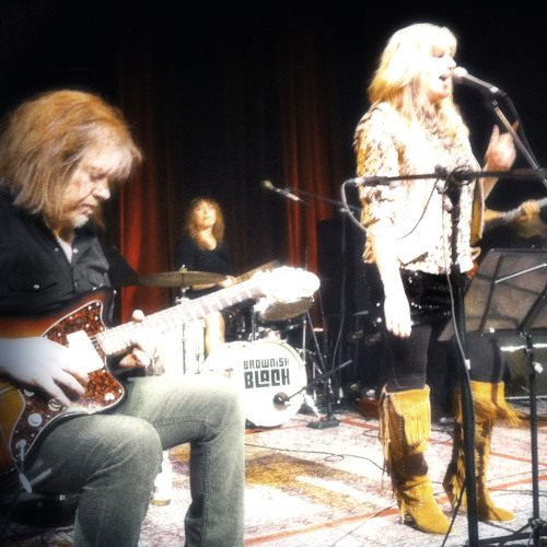 Darka Dusty and friends at the 2013 Dolly Parton Hoot Night, Portland, OR