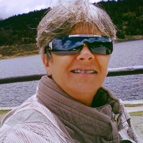 Toni Braxton...super Musica a Colinas de Pirineos