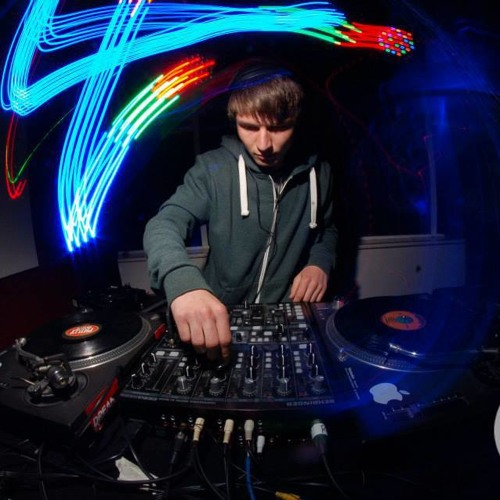SHORTSON LIVE @ EXETER PHOENIX 25/05/2013 - RECORDED BY EXBASS FM