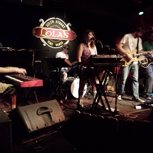 Lindby - Camelot (Live 2013-06-14 at Lola's in Fort Worth)