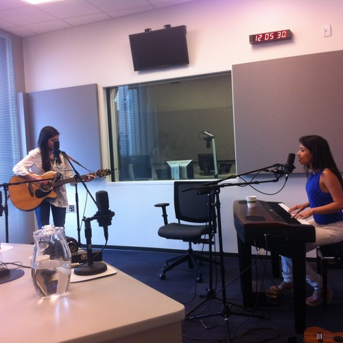 Arch City Radio Hour - Bella and Lily Interview and Performance
