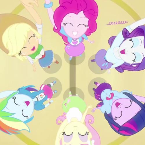 Equestria Girls-Helping Twilight win the crown