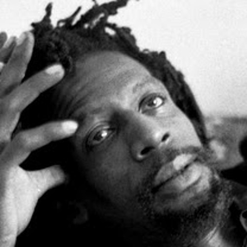 Gregory Isaacs - Plant Some Love (Angels Mix)