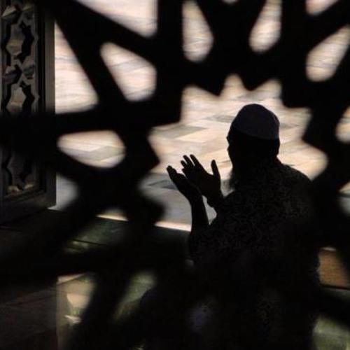 يا مَن إليهِ المُشتكى والمفزعُ - عبدالرحمن محمد