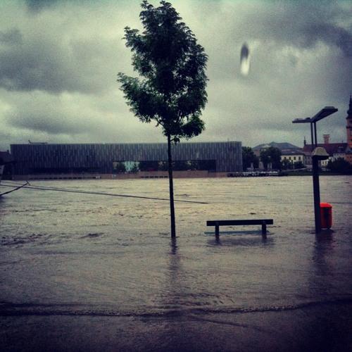 Floodwaters, Danube Linz, June 2013