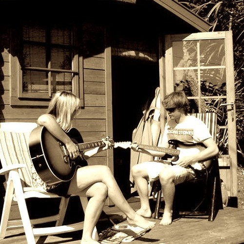 'LOVE ME LIKE A MAN' Bonnie Raitt cover by Jenna & Josh Witts
