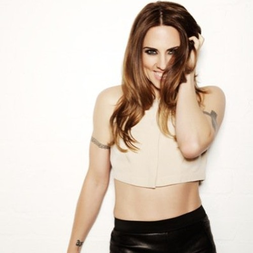 Melanie C - Weak live on BBCR 2 16.10.2011
