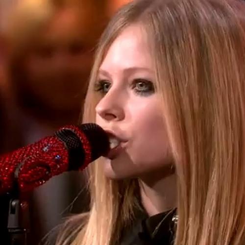 Avril Lavigne - Wish You Were Here (Live at GMA)
