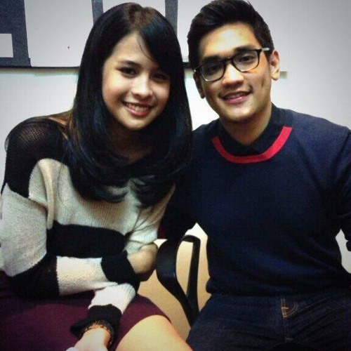 Maudy Ayunda feat Afgan - A Thousand Years (Konser Afgan)