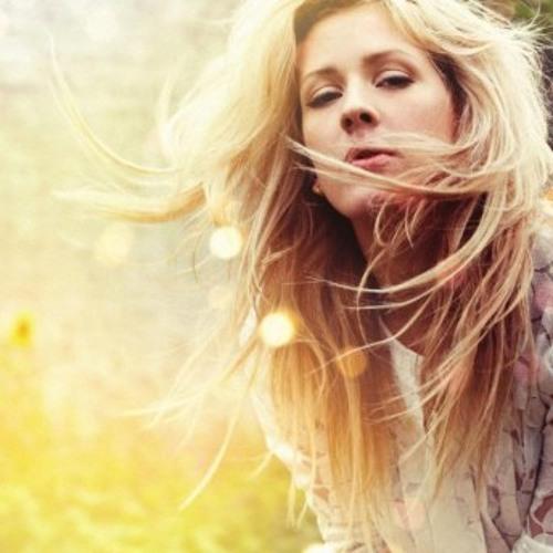 Ellie Goulding - Starry Eyed - Live At MTV.