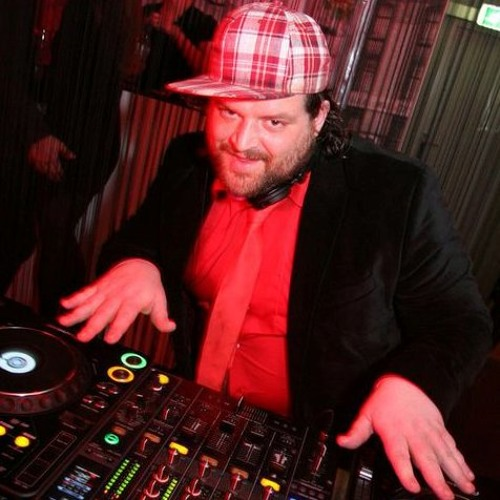 Benson, Moet & Velvet Tux-When I Come Thru (Fat & Funky Refix) FREE DOWNLOAD