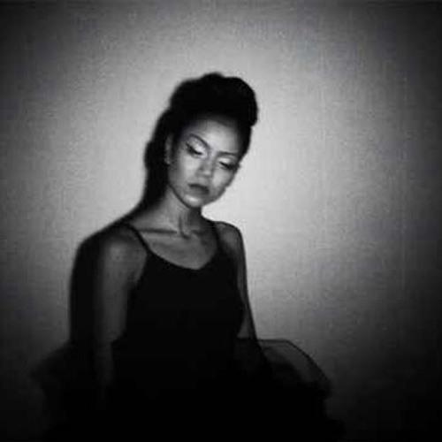 Jhene Aiko-Mirrors