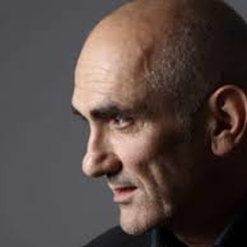 Musician Paul Kelly shares his respects for Dr Yunipingu
