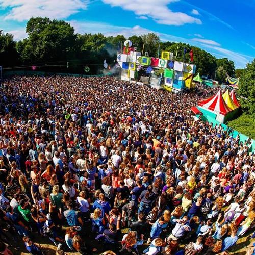 The Flexican & MC Sef @ Amsterdam Open Air 2013 - Zondag 9 juni - GirlsLoveDJs