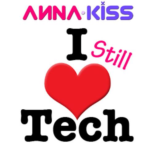 I Still <3 Tech - June 2013