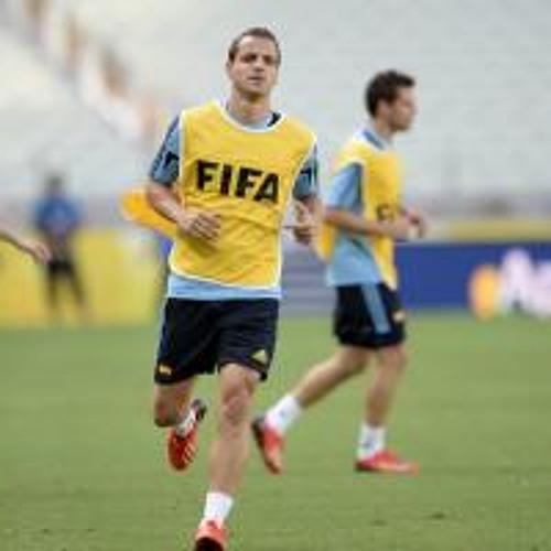 Lowe on Soldado, Cavani, Suarez, Bale and Higuain