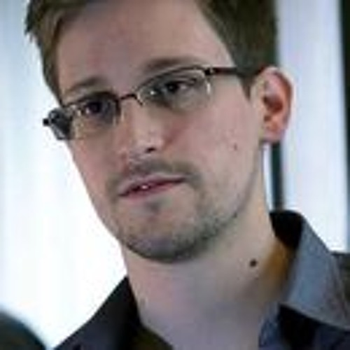 Snowden Pulls Request for Russian Aslyum