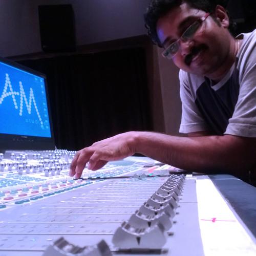Aaro aaro ennariyathe (  Better Quality )  - Crocodile Love Story Movie Song Download