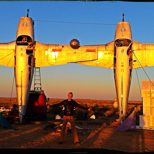 Ulrich Maximilian - Planehenge Portal Activation (live at sunset, Mutonia, Outback Australia)