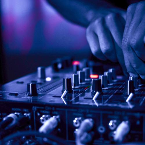 Remix Nº 9  Avicii - Calvin Harris - Noisecontrollers - Makj - Zomboy - Roksonix