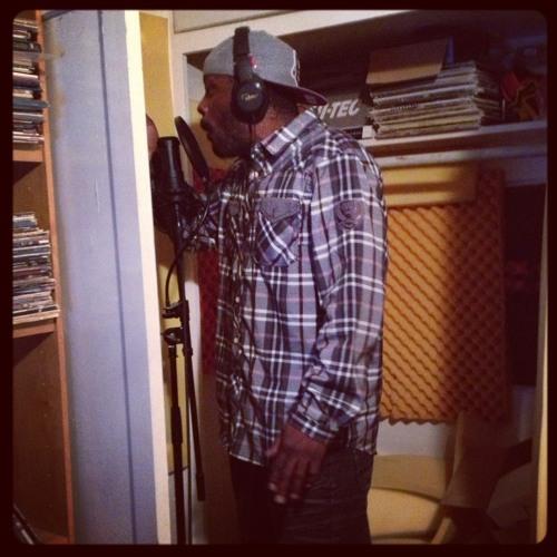 Microphone Messiah ft.Chris Mikels & Demont LaRoc