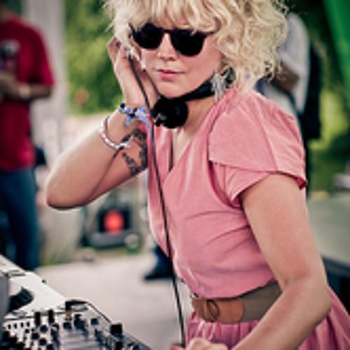 Heidi-radio show mix june part 2.