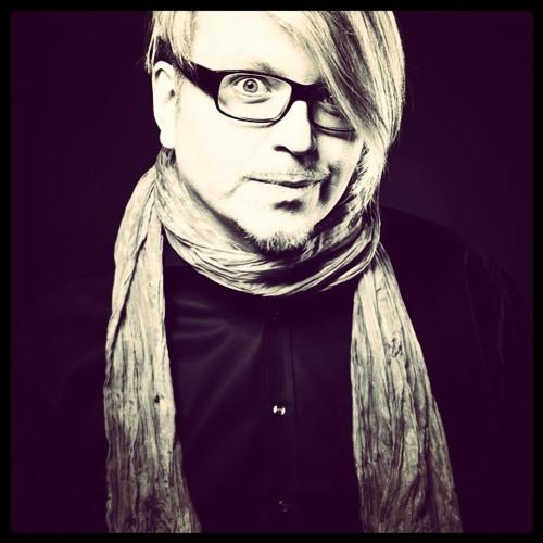 Robert Babicz  - HERZ (beta) instrumental mix