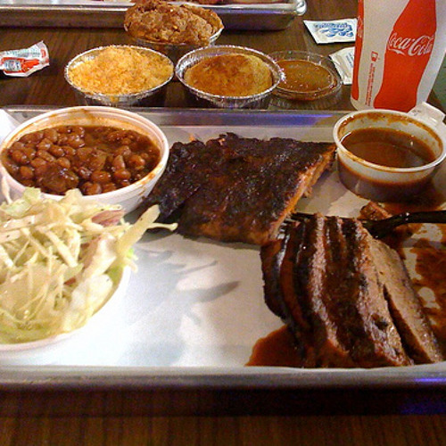 What is Chicago-style BBQ, really?