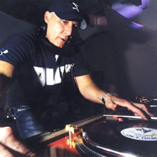 DJ Icey & DJ Baby Anne - Move