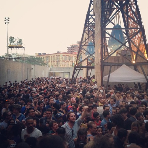Warm Up: MK Plays Julio Bashmore at MoMA PS1 Contemporary Art Center