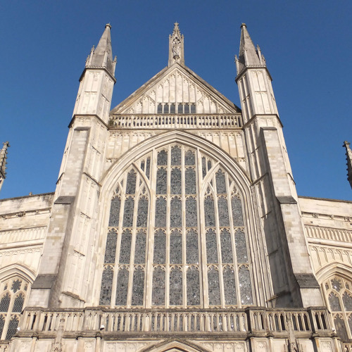 Magnificat (Dyson In D), sung by the Priory Singers of Belfast at Winchester Cathedral