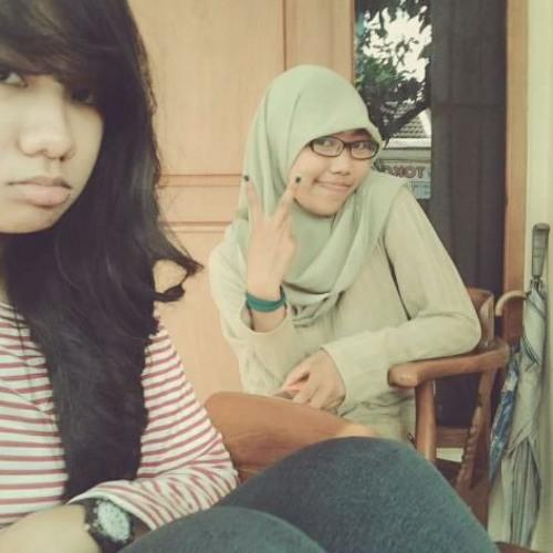 with @niaarYF ( Monita - kekasih sejati )