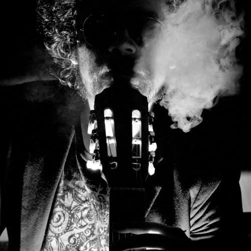 Edward Barragán - Coctel Molotov