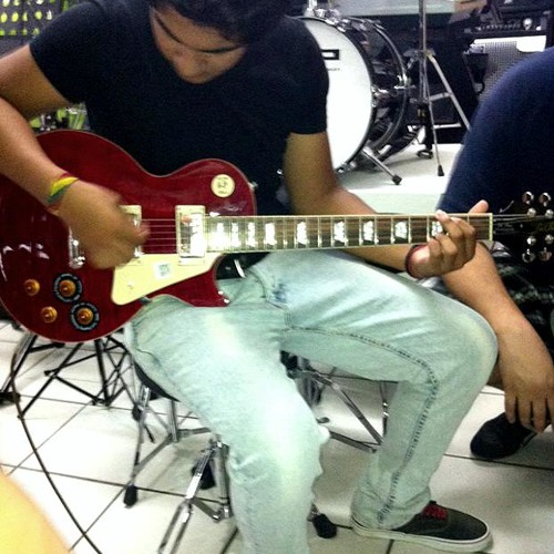 Guns N' Roses - Sweet Child O' Mine -  Live cover