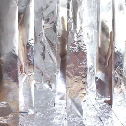 Take me on aluminium - Material fetish episode 4