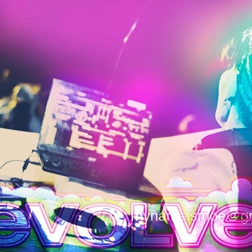 Booms live at Evolve 2013