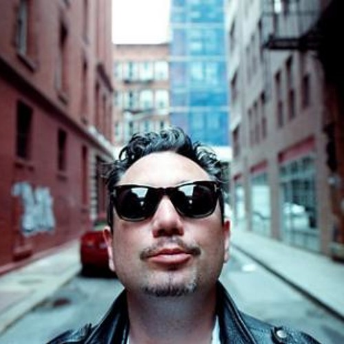 Huey Morgan of Fun Lovin' Criminals and latterly with The New Yorkers chats to Steps