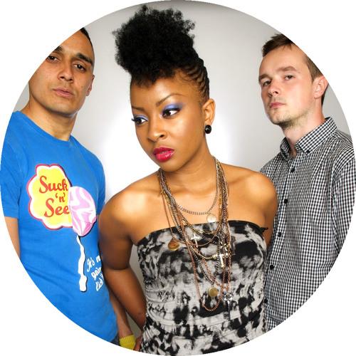 DJ Halo & Snydee Ft Marlene Abuah - I Cry - FD