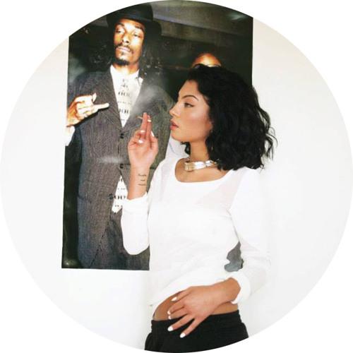 Yasmin - Thinking About You (Futurewife Remix)