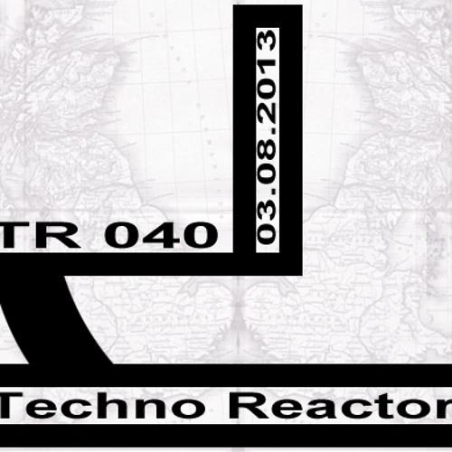 03-08-2013-Juergen-Lapuse-JL-TR-040-Techno-Reactor