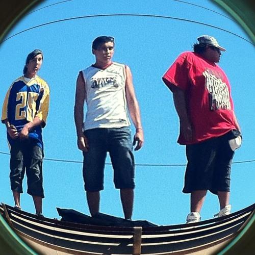 Un Despertar - Mc Treko Ft Janopla Emcy (Klandestylo Crew) 2013 Rap Chileno